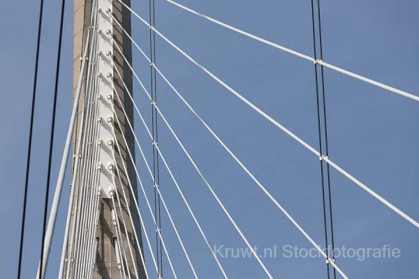 pont-de-normandie-09EABBC17C-01E5-6B6B-76A9-43216C6E9C09.jpg