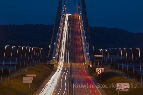 pont-de-normandie-1195D85816-BAA9-311A-5109-48E3B2AAFA8F.jpg