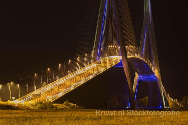 pont-de-normandie-12D04281A9-281E-BBF9-BB67-671EC71526F2.jpg