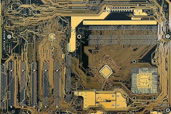 computer-018DDADF71-48EE-D48E-4A84-CF5587E67EA9.jpg